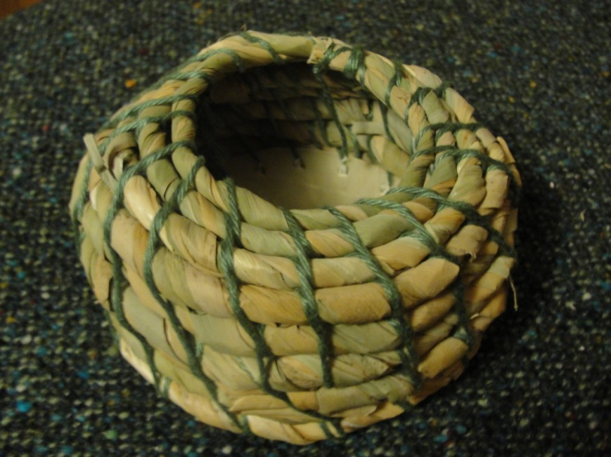 Cattail basket MJ DSC00428