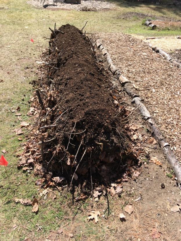 hugelkultur compost